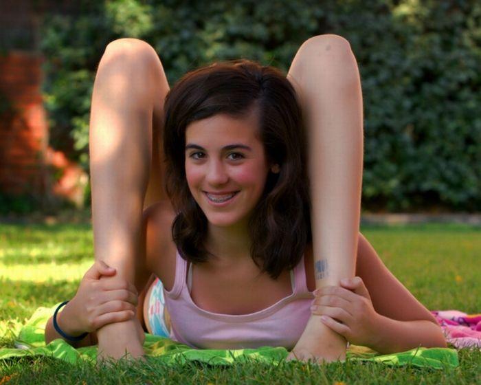 flexible babes
