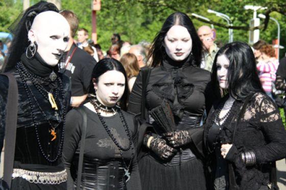 meet gothic people