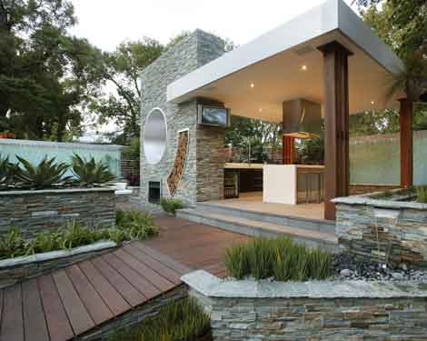 More Outdoor Kitchen Designs and Ideas
