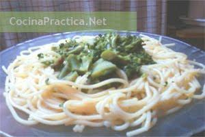 Espaguetis con Brócoli
