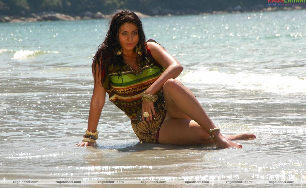 Malayalam actress hot bikini
