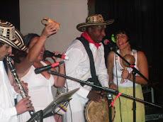 Maracón, coros y Danza con Bambazú