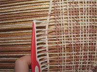 Straighten the weft