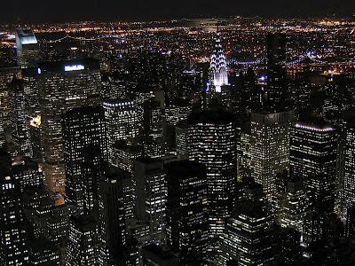 new york city skyline outline. new york city skyline at night