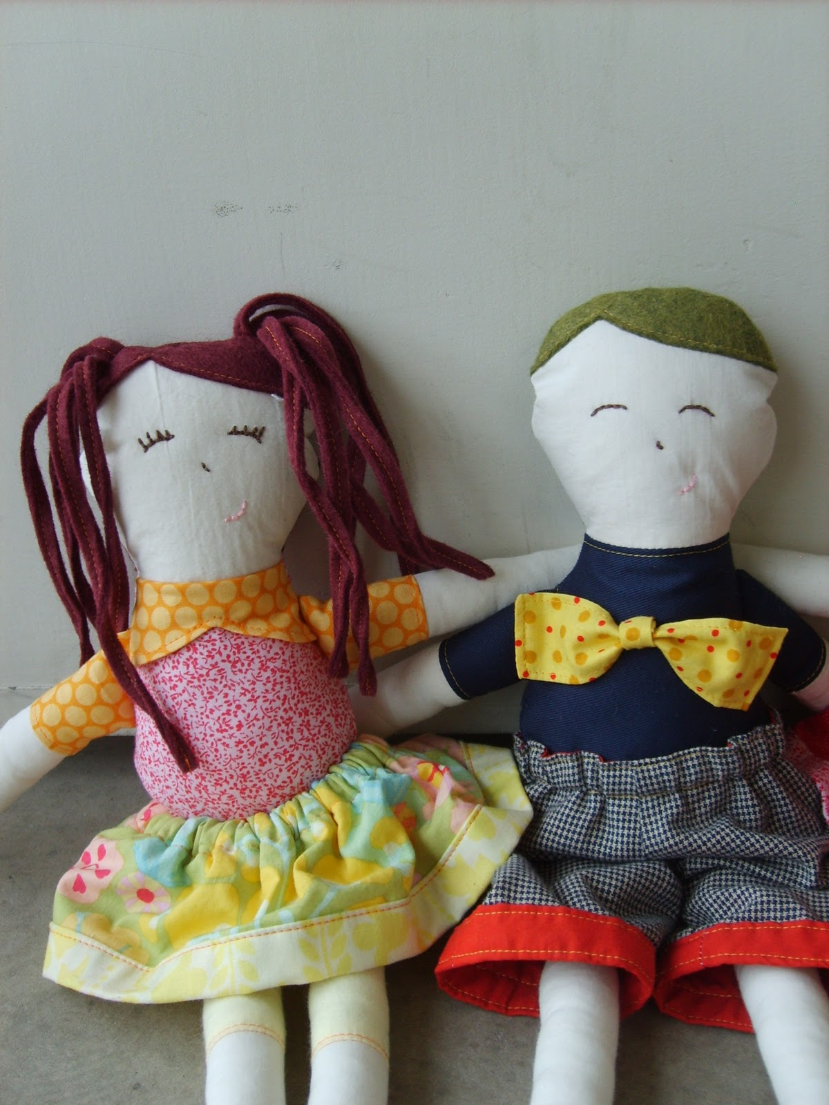 The red kitchen abbi lilly 39 s dolls for Lilly s craft kitchen
