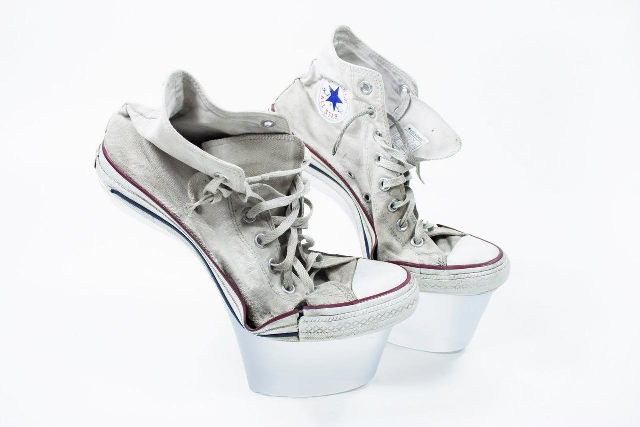how to make dirty white converse clean again