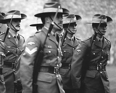 weapons training bruce dawe Weapons training is a piece of war poetry written by bruce dawe in 1970 a  dramatic monologue spoken by a battle-hardened drill sergeant training recruits .