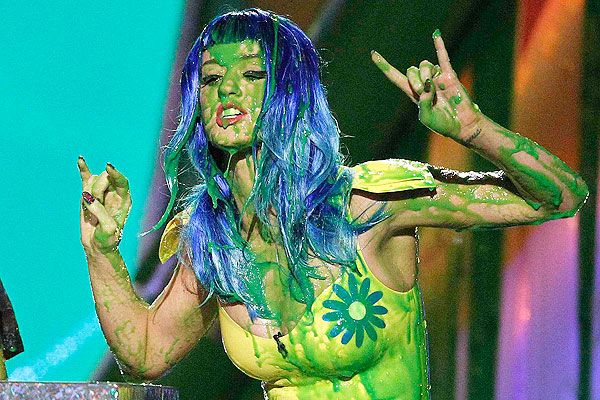 Katy-perry-Jizzed-green-slime