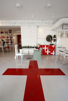 bizarre-stuff-Hospital-Restaurant-+Latvia-4