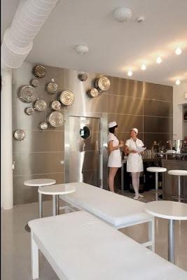 bizarre-stuff-Hospital-Restaurant-+Latvia-2