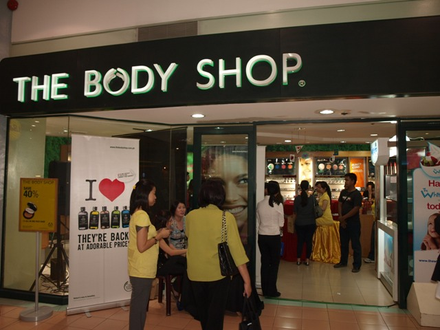 [the+body+shop99.JPG]