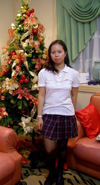 [School+girl+skirt.JPG]