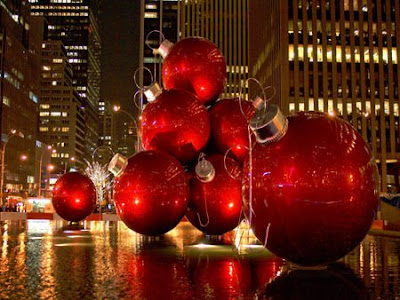 Red Christmas Balls Backgrounds