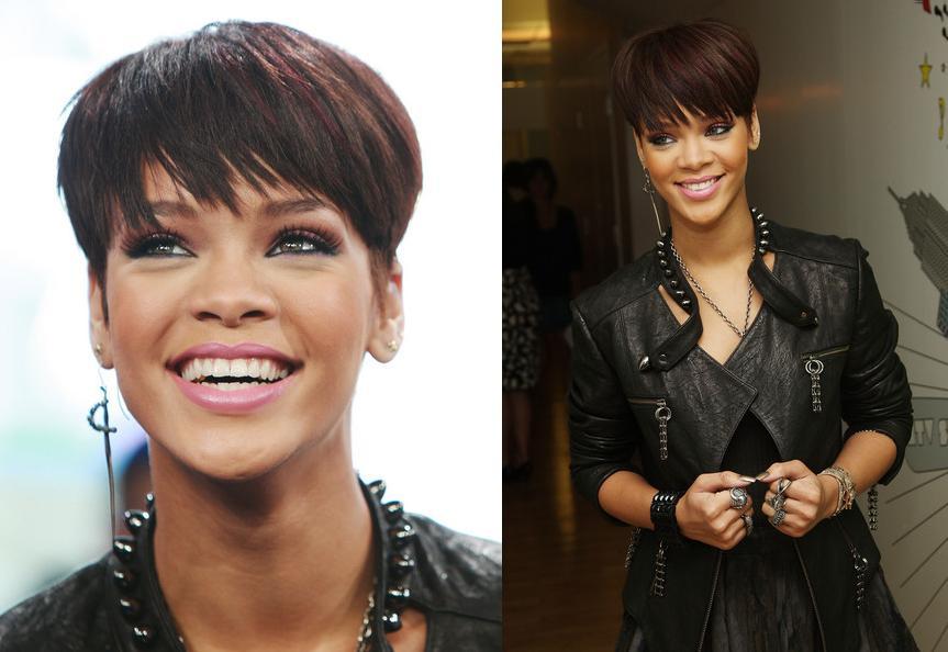 [Singer+Rihanna+visits+MTV]