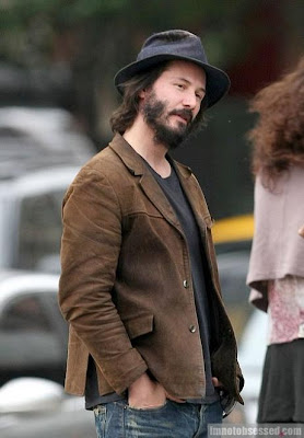 Patchy Beard Styles Keanu Reeves GrowPatchy Beard Keanu Reeves