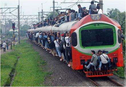 Para penumpang Kereta Api [ ngakak ]