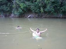 Menjaring ikan 4