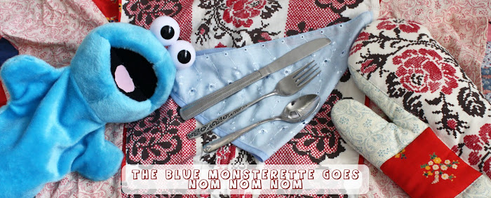 the blue monsterette goes nom nom nom