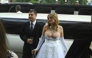 http://2.bp.blogspot.com/_X8NpKEU_Dc4/SxV4SXWxcHI/AAAAAAAALpo/XK5fmgX6YoY/s1600/bride_1530986c.jpg