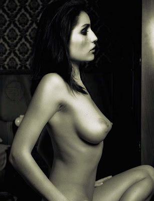 Cassidy banks massaging big tits