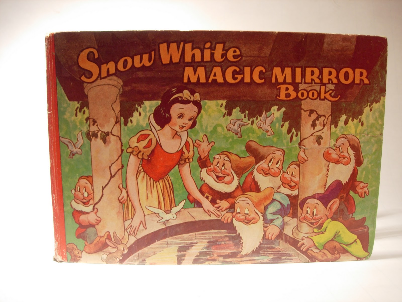 Whistle while we blog snow white magic mirror book for Mirror books