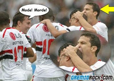 Imagens de Desporto Mordendo-a-cabe%C3%A7a