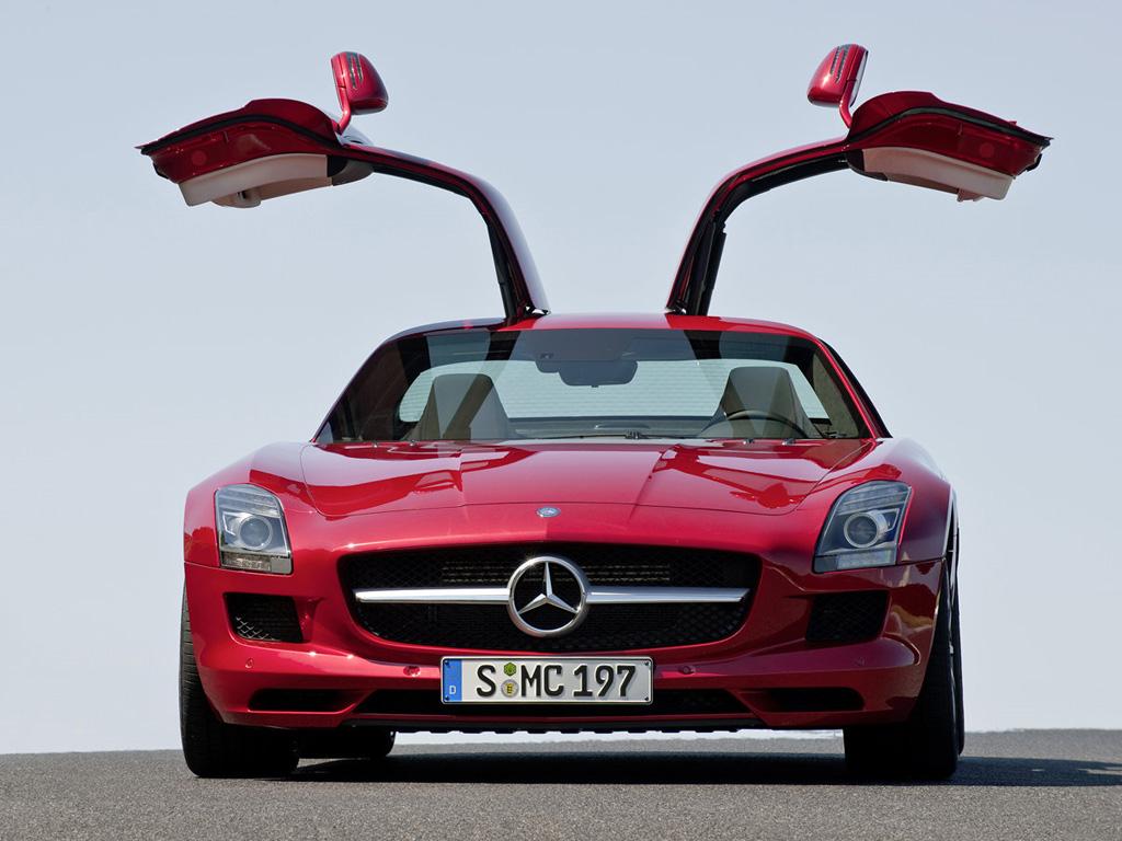Mercedes benz wallpaper for Mercedes benz amg gullwing