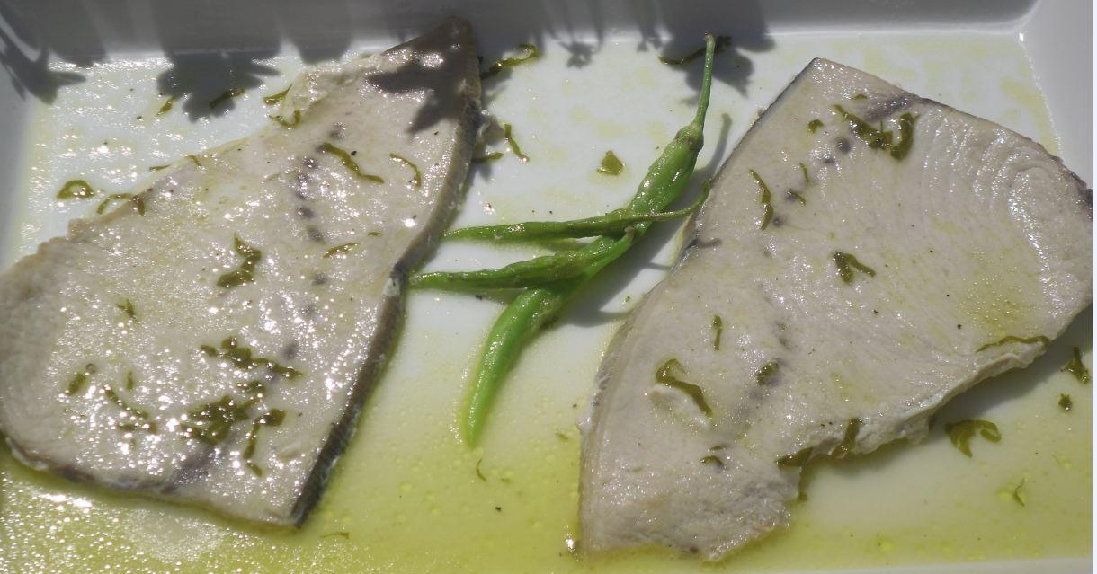 Como Cocinar Emperador   La Cocina Plural Emperador En Salsa Meniere