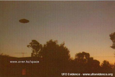2001, Australia