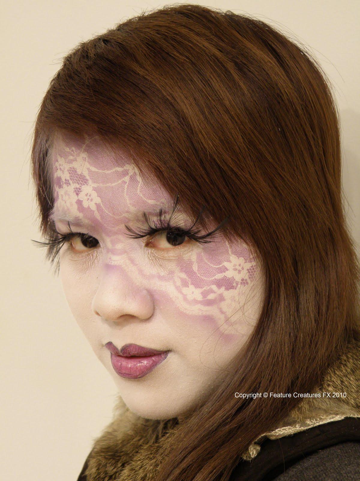 http://2.bp.blogspot.com/_XE7gIhkmZLA/TIQj-dQSbeI/AAAAAAAAArM/L0wjoQDNISQ/s1600/Airbrushing+Lam+stencil+3+C+2010.JPG