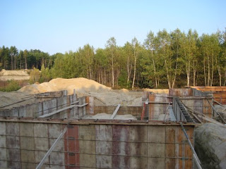 picture of forming concrete foundation