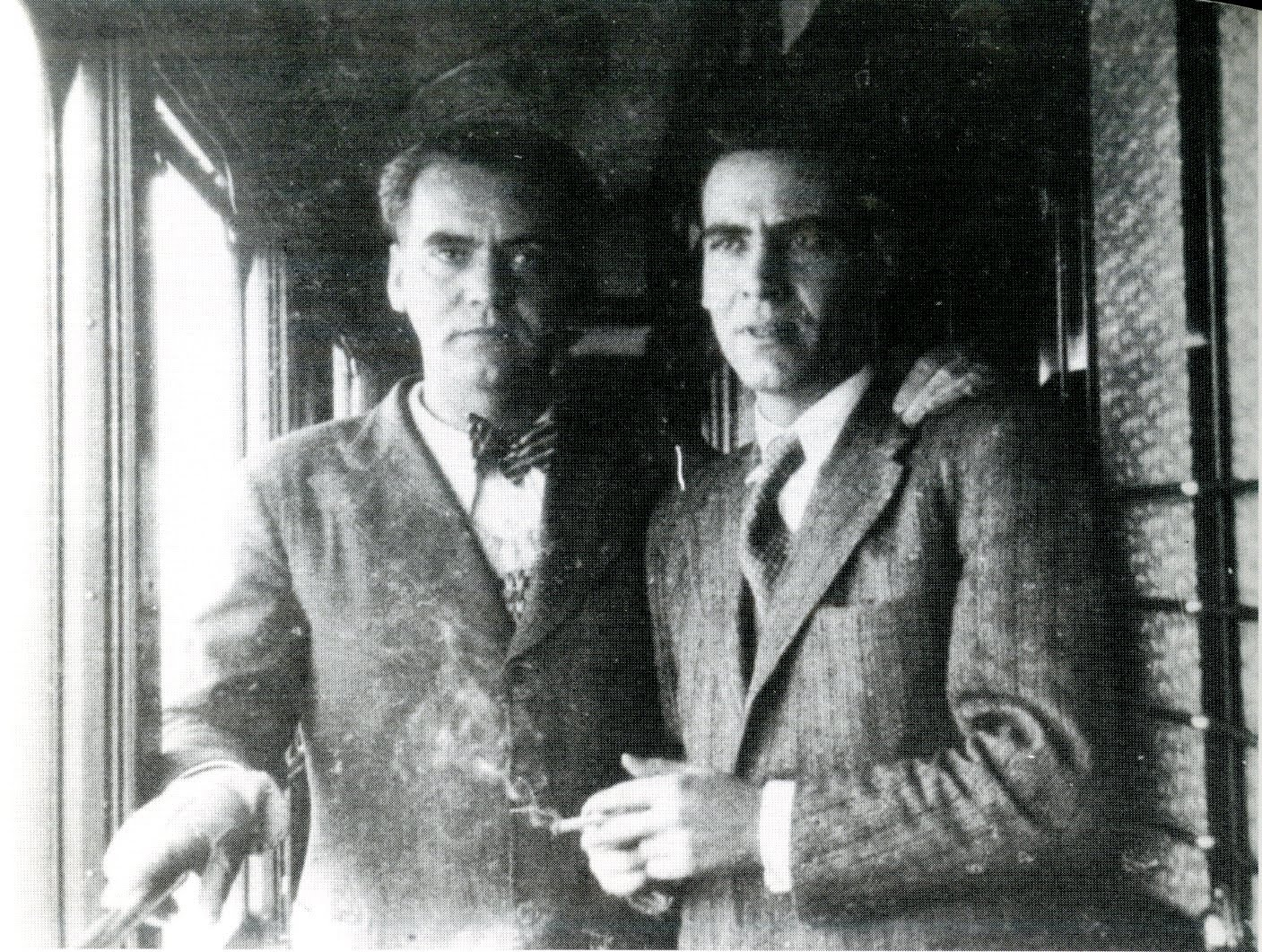 an introduction to the life of federico garcia lorca Memorial to federico gracia lorca in federico garcia lorca is not only spain's the harshness and materialism of american life in the.