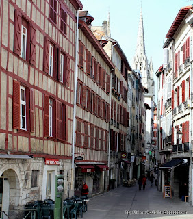 Typical narrow street in Bayonne