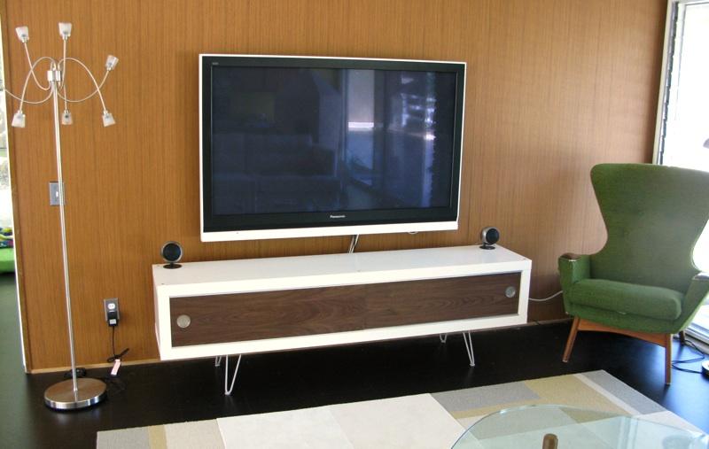 lack retro media cabinet ikea hackers ikea hackers. Black Bedroom Furniture Sets. Home Design Ideas