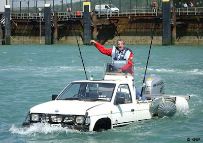 TOYbOTA, amphibious car, jeremy clakson, top gear challange