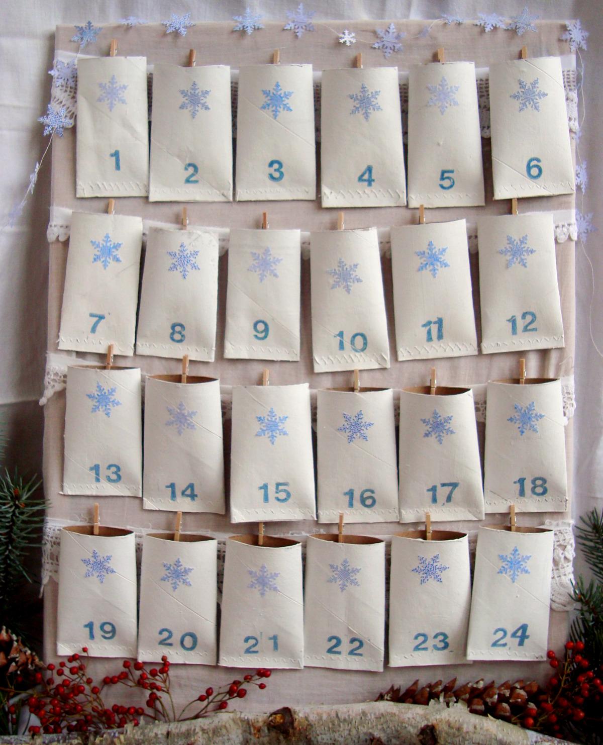 Maya made count down calender 2009 - Manualidades con rollos de papel higienico para navidad ...