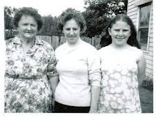 Nana, Mum, Me