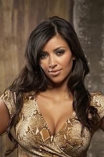 Maquillate como Kim Kardashian