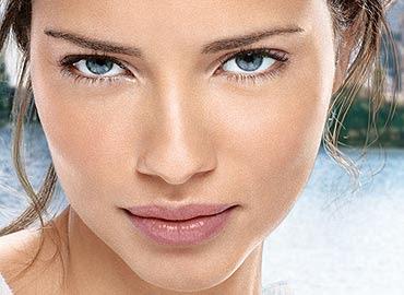 mujer evita arrugas