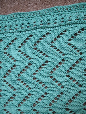 Car Seat Blanket Knitting Pattern : CAR SEAT BLANKET FREE KNITTING PATTERN - VERY SIMPLE FREE KNITTING PATTERNS