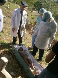 Necropsia realizada a niño de cuatro años muerto a ...: http://www.noticiassc.com/2009/02/necropsia-realizada-nino-de-cuatro-anos.html