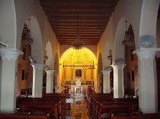 Interior Iglesia la Monserrate en Hormigueros