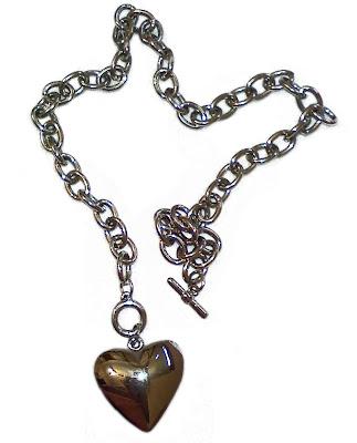 corrente com pingente de coração