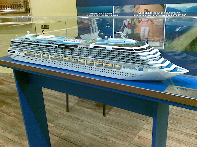 Modelo do navio Costa Serena