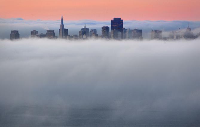 http://2.bp.blogspot.com/_XRtFNs_N4G0/Sc55pZQwsjI/AAAAAAAAAJo/Rv1U6drXT1c/s1600/fog
