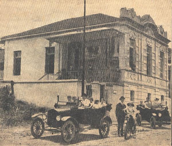 Década de 1920: primeiros automóveis
