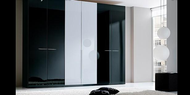 Armarios en blanco y negro dormitorios decoractual for Armarios elegantes
