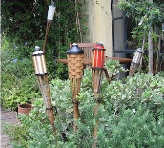 antorchas de jardn para con estructura de caa con divertidos colores