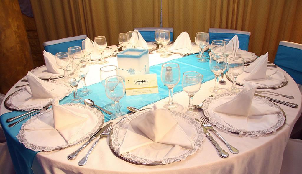 ===Como decorar una mesa con alegria...= Mesa_celeste++muguetrecepciones+com+ar