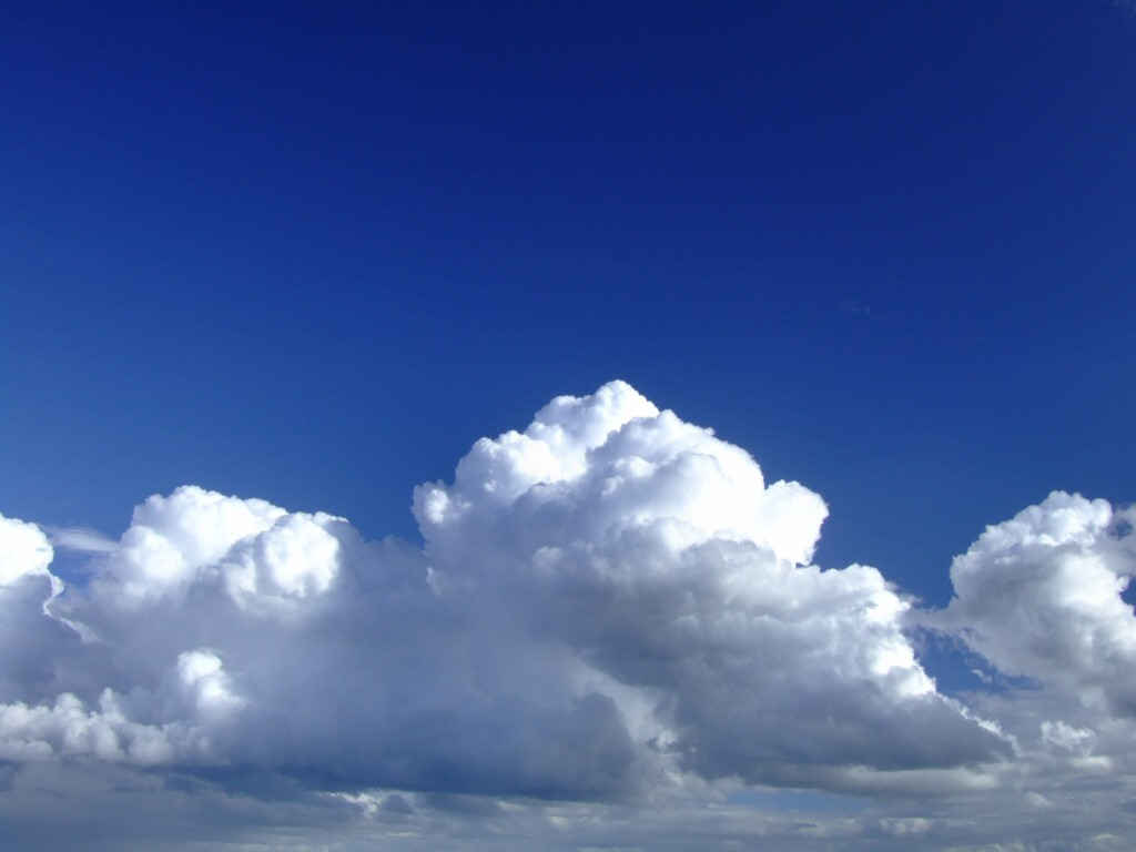 http://2.bp.blogspot.com/_XVPyePA6ems/TQgfAC5vQ7I/AAAAAAAAALg/S44cRZT3Qis/s1600/clouds-in-blue-sky.jpg
